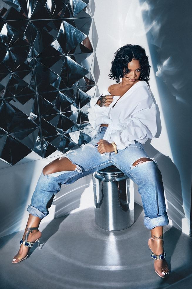 Rihanna * Manolo