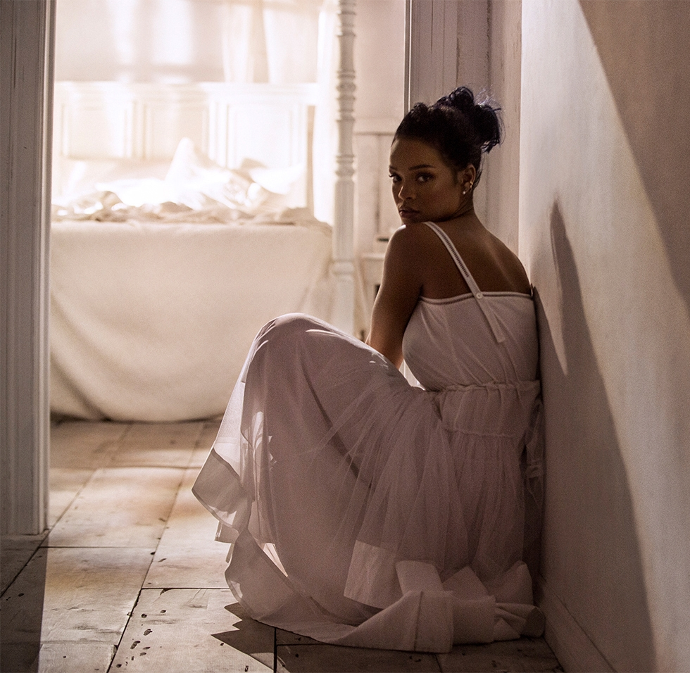 Rihanna/ Samsung US/ ANTIdiaRy